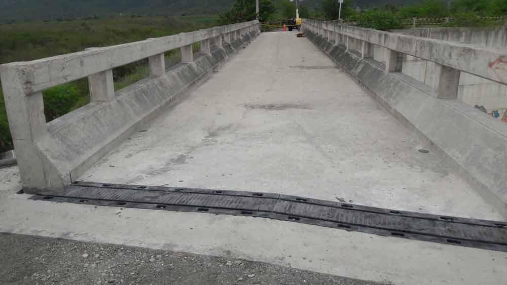 Puente Giro en Santa Elena Montañita